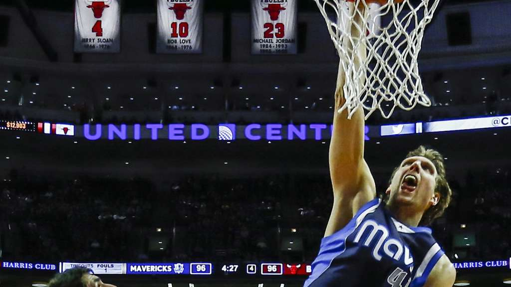 Dirk Nowitzki Dallas Mavericks Chicago Bulls
