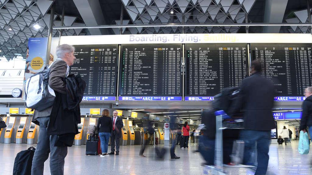 Wegen Warnstreiks: Flughafen Frankfurt rechnet mit Ausfällen