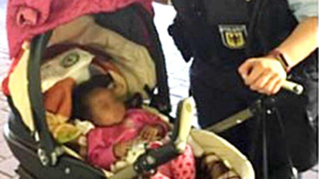 Bundespolizeiinspektion Kassel: Fünf Monate alter Säugling fährt allein im Zug nach Kassel
