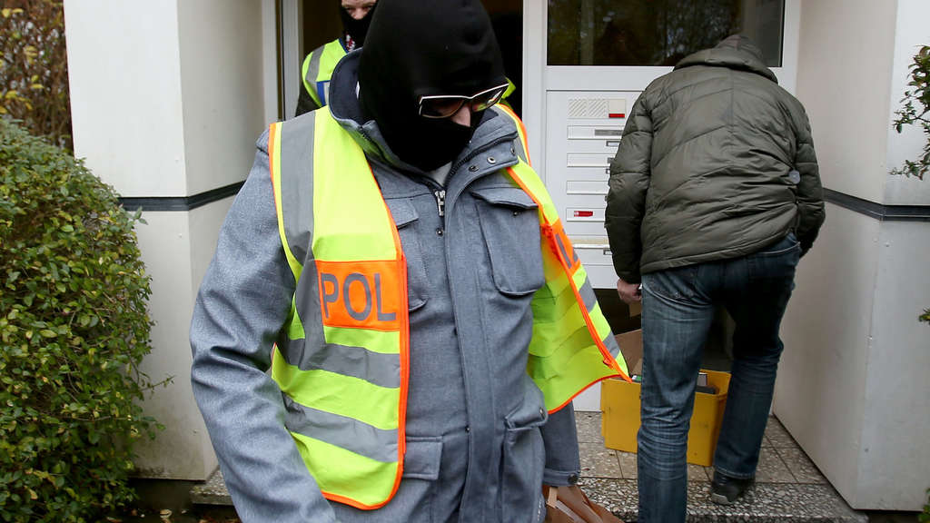 Drogenrazzia in und um Bonn - rund 300 Polizisten im Einsatz