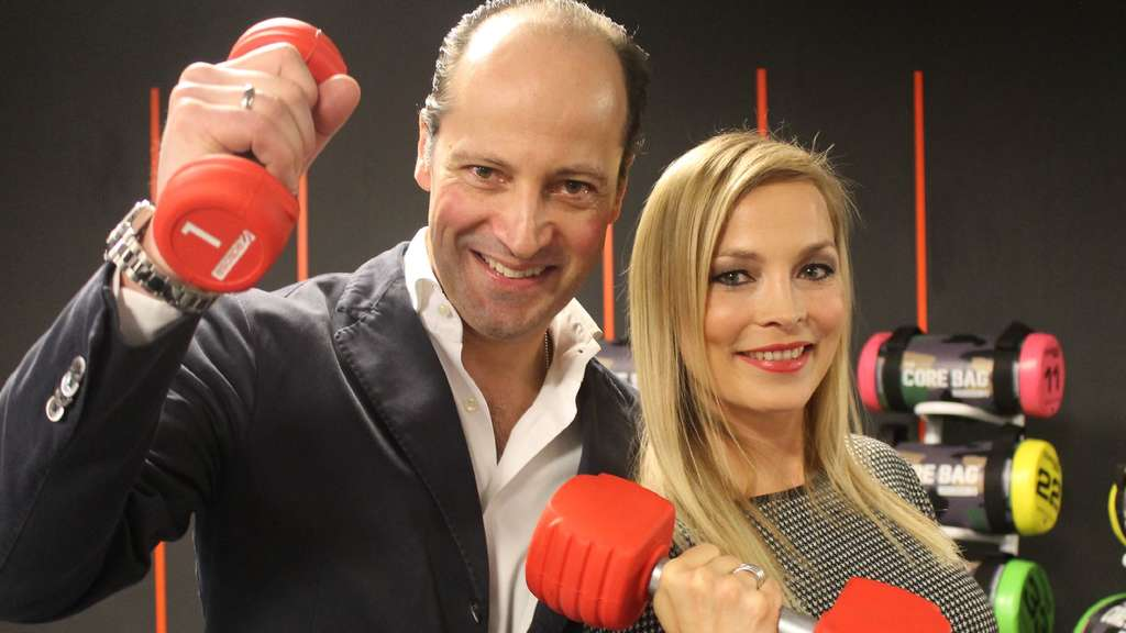 Fitness First Black Label: Ex-Boxerin Regina Halmich eröffnet Luxus ...