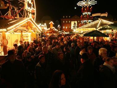 Weihnachtsmarkt Hanau.Bilder Vom Märchenhaften Weihnachtsmarkt In Hanau Hessen
