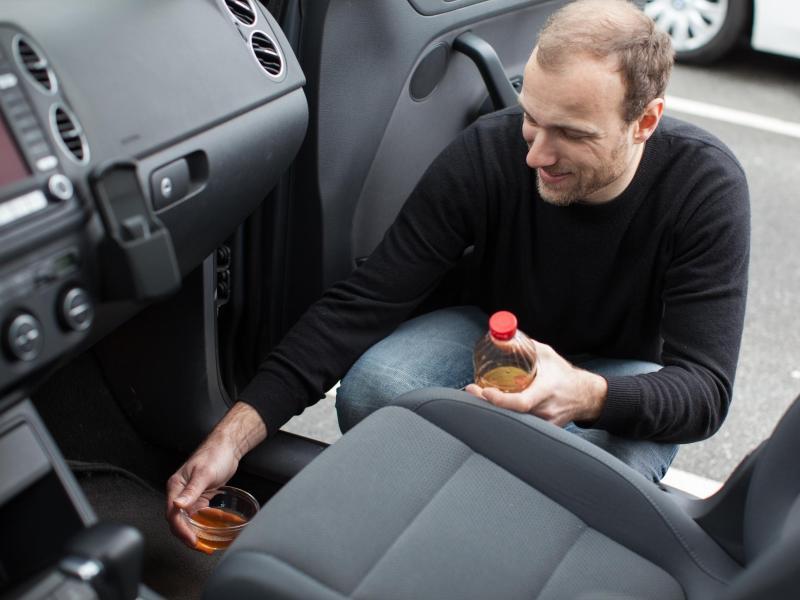 Fr hjahrsputz im auto die f nf gr ten fehler hessen - Essig kochen gegen geruch ...