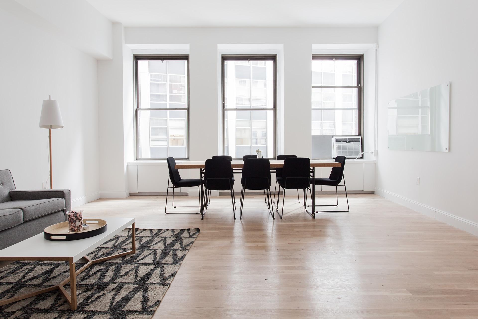blutige weihnacht im wei en haus grusel deko schockiert wohnen. Black Bedroom Furniture Sets. Home Design Ideas