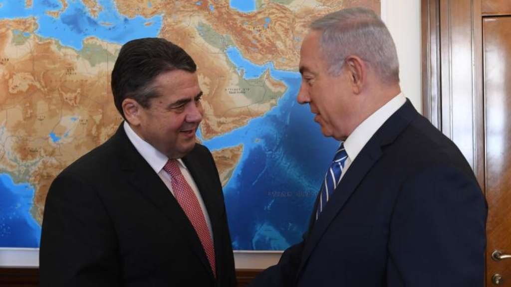 Sigmar Gabriel (l) trifft Benjamin Netanjahu in Jerusalem. Foto: Kobi Gideon/Israeli Government&#39s Press Office