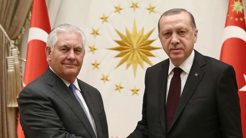 US-Außenminister Rex Tillerson bei einem Treffen mit Präsident Erdogan in Ankara. Foto: Kayhan Ozer/Pool Priesidentials Press Office/AP
