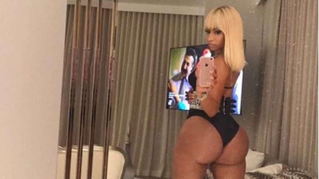 Nicki Minaj twerkt im Pool - dieses Video bringt Fans zum Ausrasten