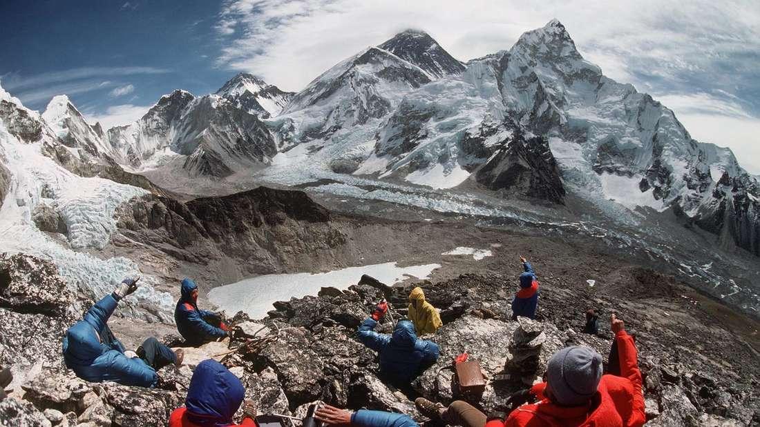 Der Mount Everest ist der höchste Berg auf der Erde.