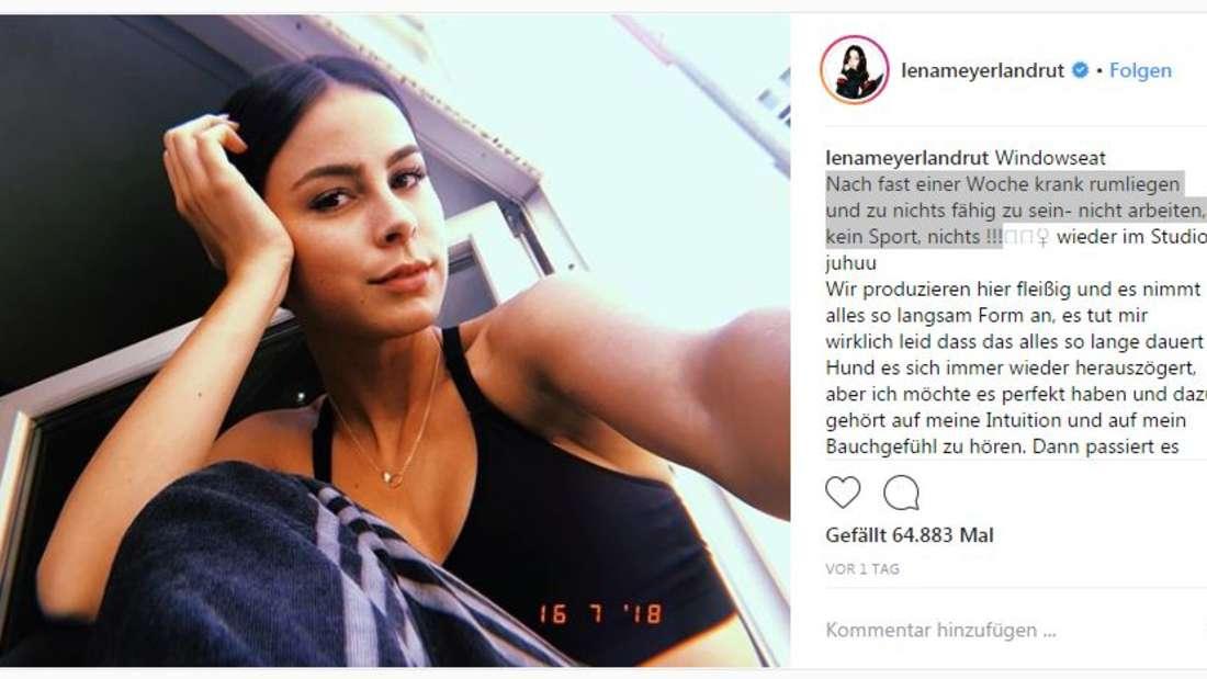 """Bei Instagram gab die Sängerin Entwarnung. Lena schrieb: """"Nach fast einer Woche krank rumliegen und zu nichts fähig zu sein- nicht arbeiten, kein Sport, nichts."""""""