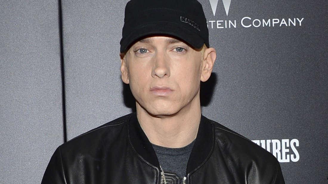 """Eminem (45): Die Liste derer, die auf dem neuen Album """"Kamikaze"""" ihr Fett weg bekommen, ist lang."""