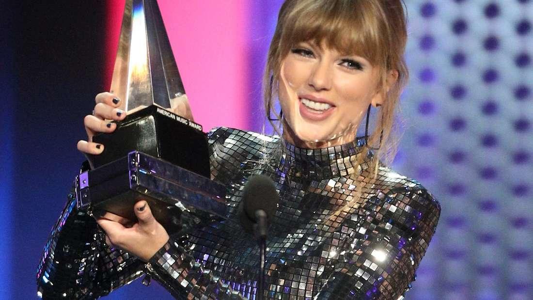 Immer im Rampenlicht: Taylor Swift 2018 bei den American Music Awards.