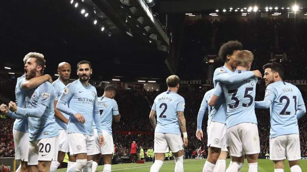 Manchester City auf Titelkurs - Guardiola warnt