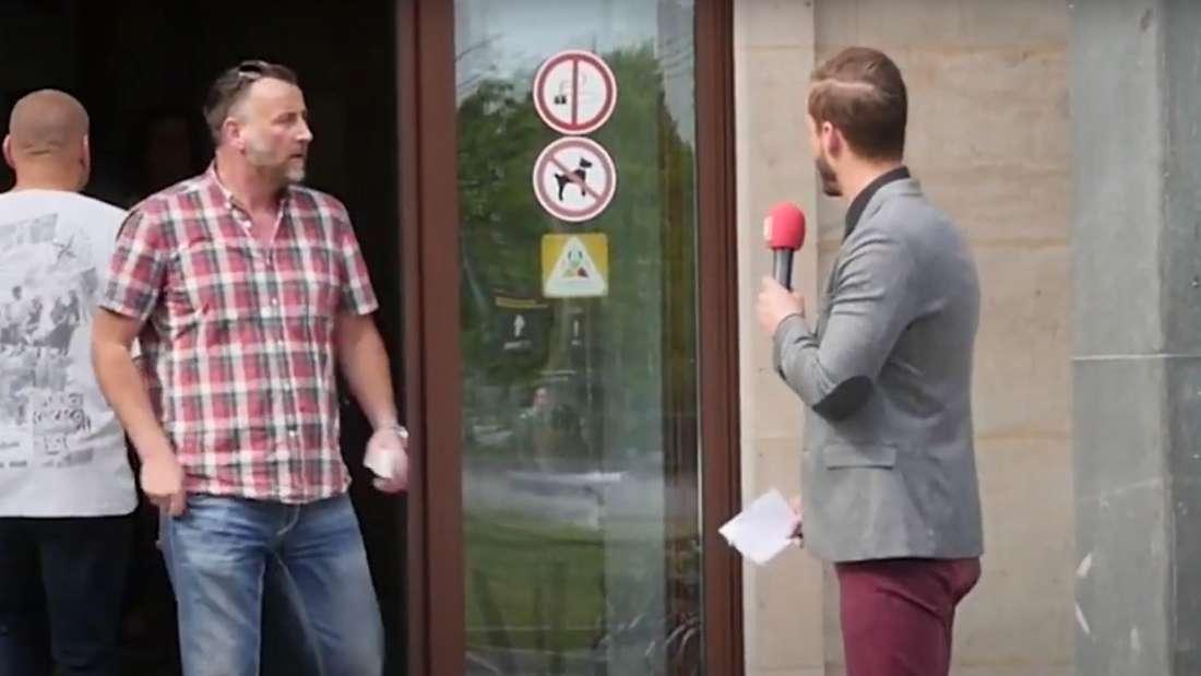 Matthias Kernstock passte Lutz Bachmann bei der OB-Wahl in Dresden 2015 ab, der PEGIDA-Chef wollte sich den kritischen Fragen des Journalisten nicht stellen.