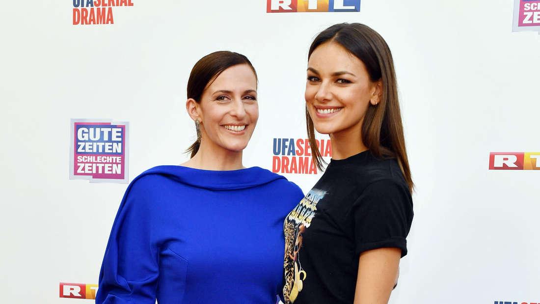 Janina Uhse (r.) mit GZSZ-Serienmutter Katrin Flemming.