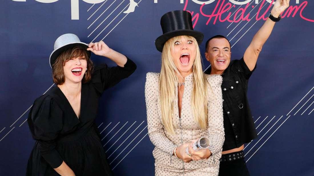 Am 30. Januar geht GNTM wieder los. Hier Modelmama Heidi Klum (Mitte) mit den Gastjuroren Milla Jovovich und The Blonds.