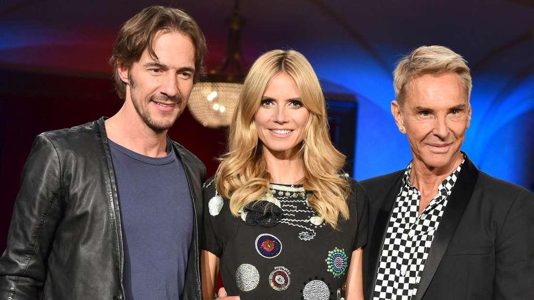 """Die Jury von """"Germany's Next Topmodel"""" 2015: (von links) Thomas Hayo, Heidi Klum und Wolfgang Joop."""