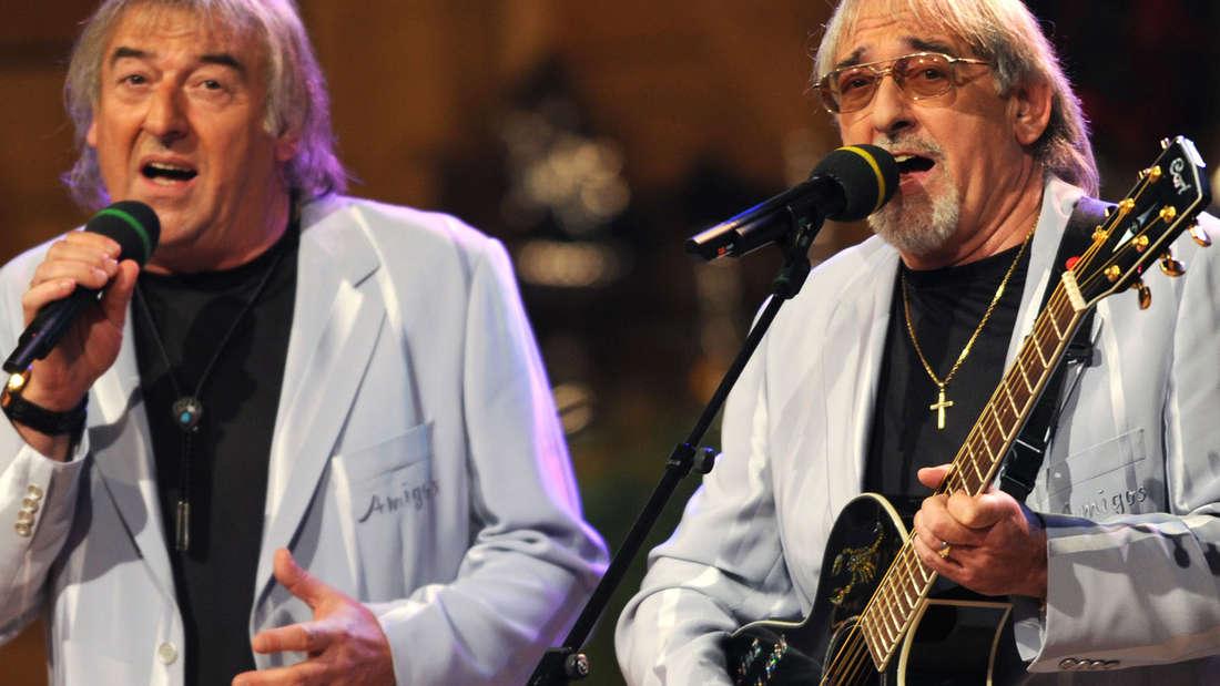 Machen seit 50 Jahren Musik: Die Amigos Bernd (links) und Karl-Heinz Ulrich.