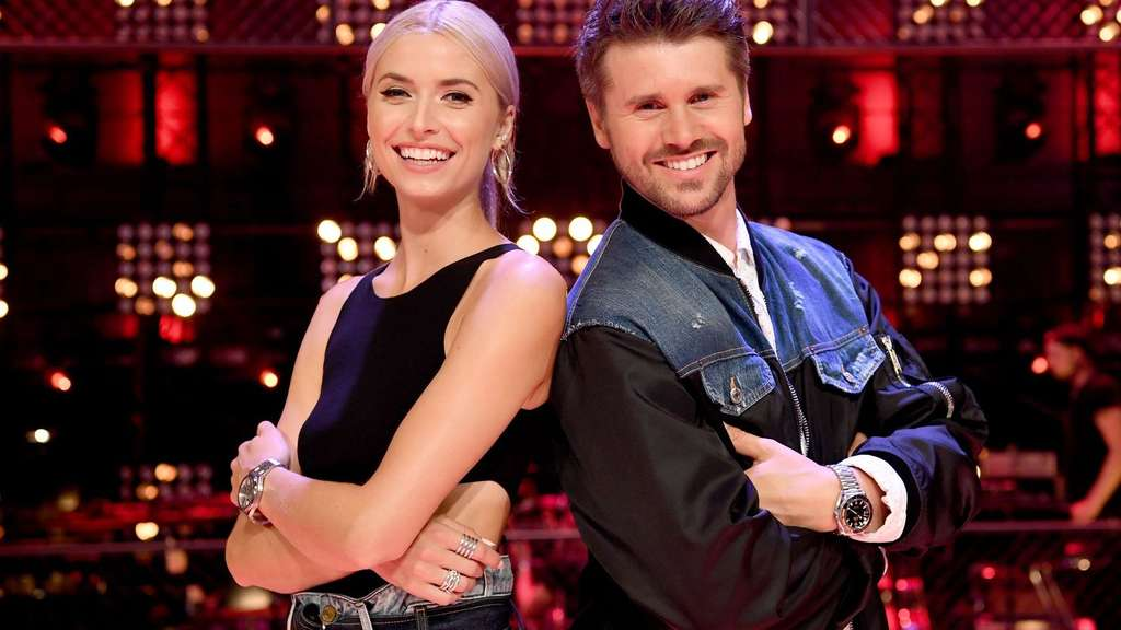 "Lena Gercke und Thore Schölermann, die Moderatoren von ""The Voice of Germany""."