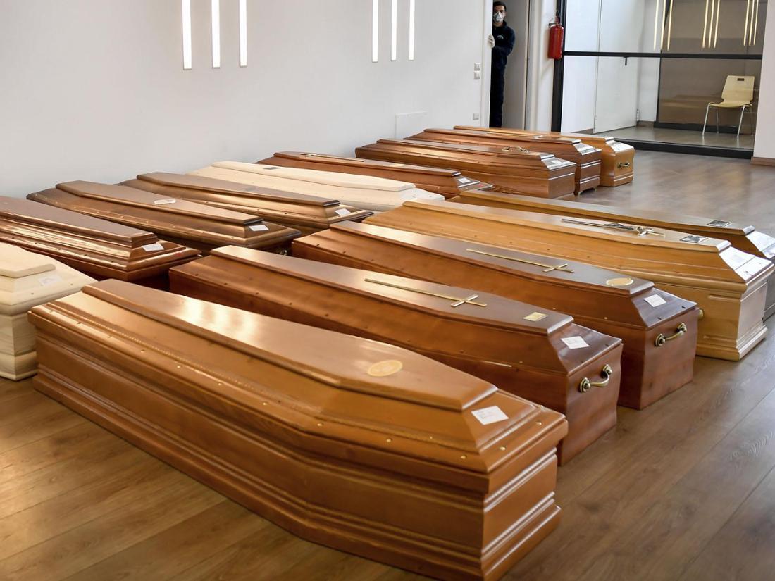 Wegen des Coronavirus kamen die Krematorien in Italien teilweise nicht mit dem Verbrennen nach.