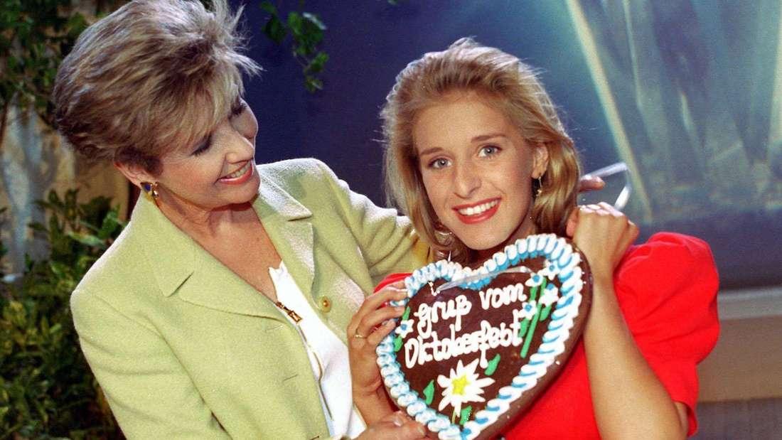 Stefanie Hertel war schon mit 18 einer der Stars des Schlagers /hier mit Carolin Reiber).