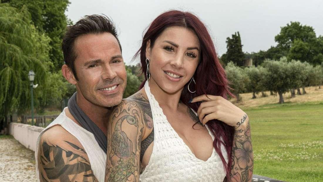 Benjamin Boyce und Kate Merlan posieren für RTL.