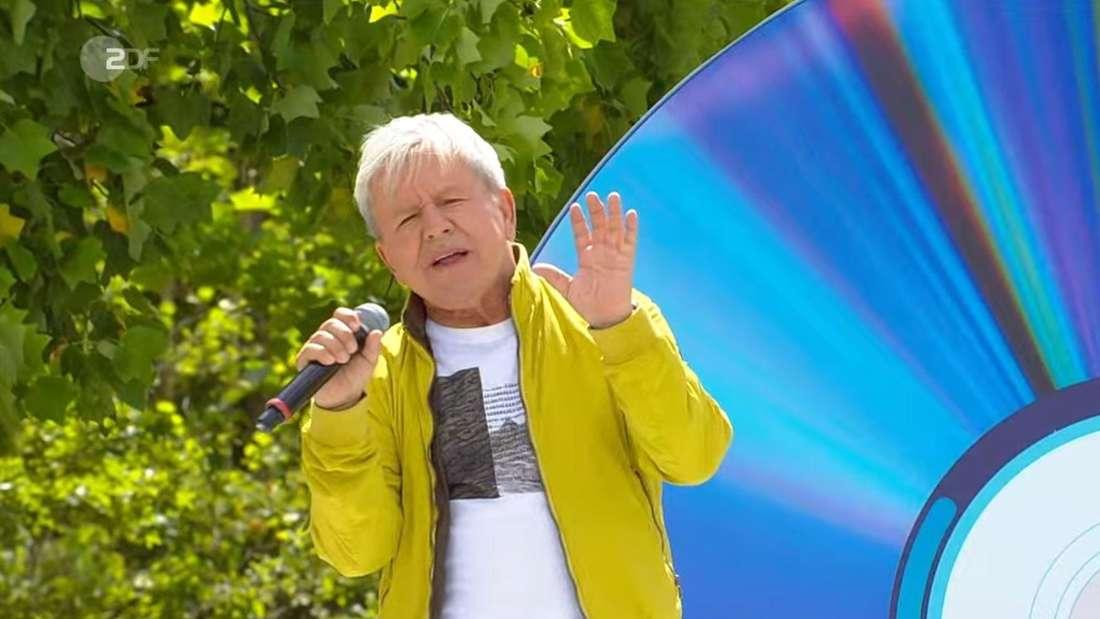 G.G. Anderson musste sich böse Sprüche wegen seiner Größe von Wolfgang Trepper im ZDF Fernsehgarten gefallen lassen.