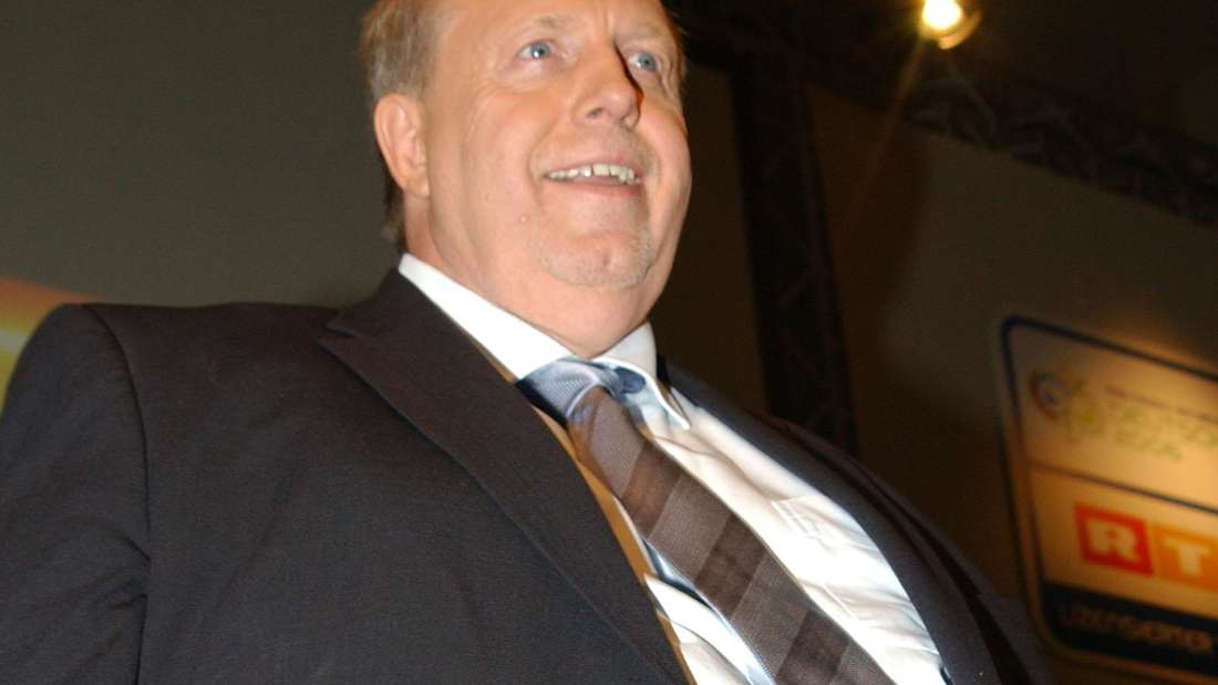 Rainer Calmund mit seinem bekannt dicken Bauch