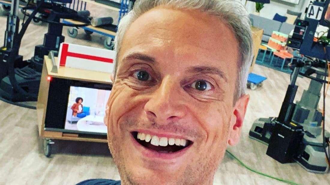 Instgram-Selfie von Schlagersänger Sascha Heyna am QVC-Set