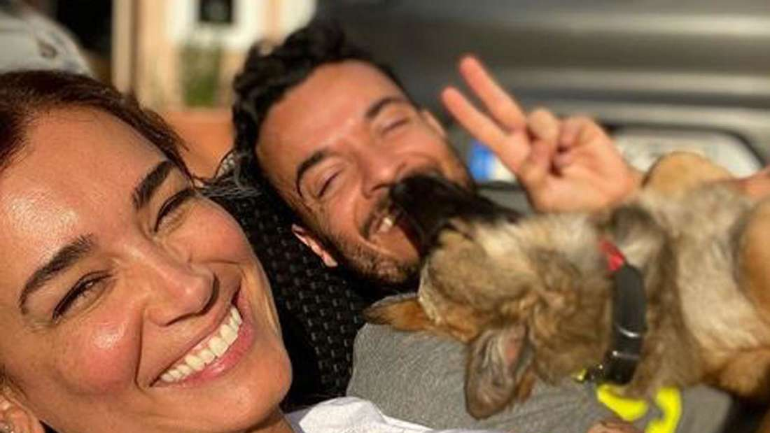 Jana Ina und Giovanni Zarrella lachen in die Kamera