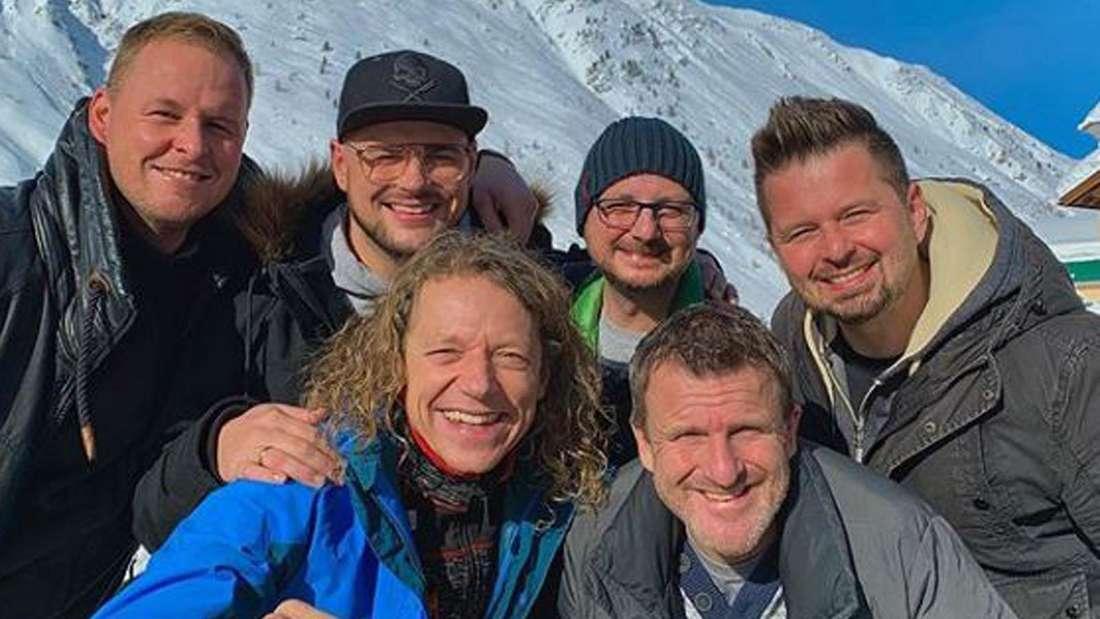 Die sechs Bandmitglieder der Troglauer Buam