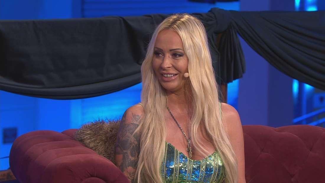 """Cora Schumacher in ihrer eigenen Dating-Show """"Coras House of Love"""""""