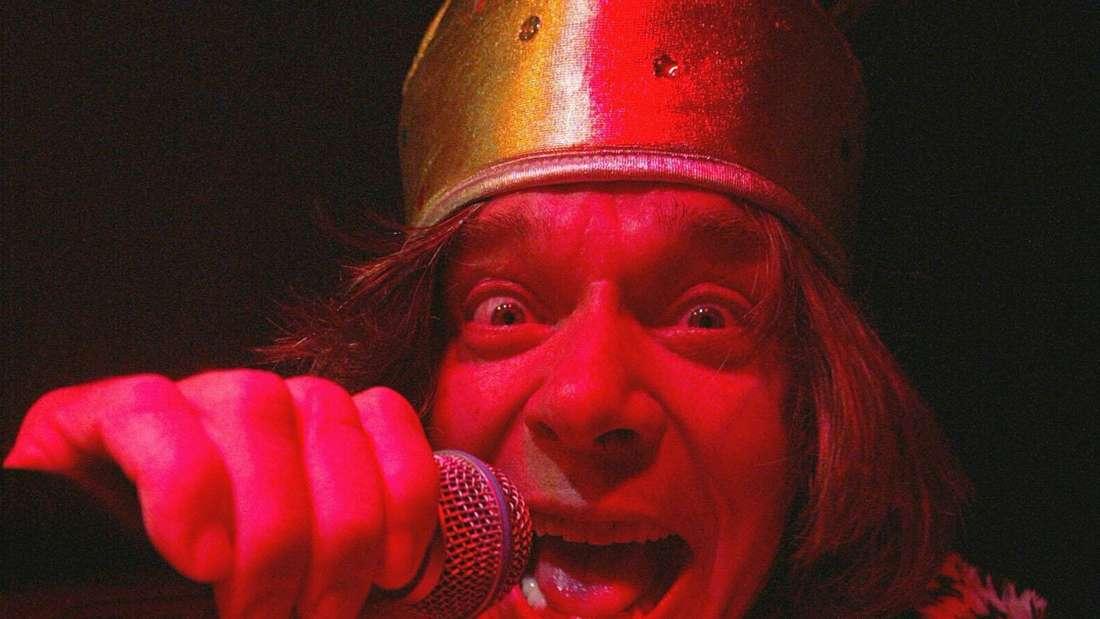 Jürgen Drews singt mit Krone