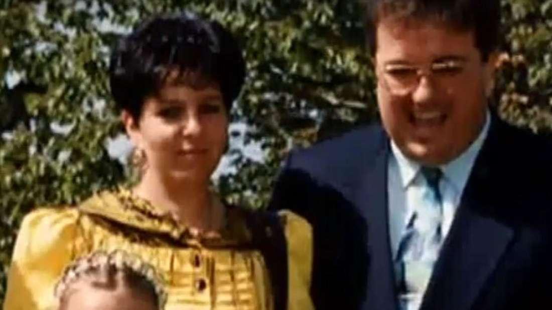 Karl-Heinz Gross lacht, neben ihm seine Frau und seine Tochter