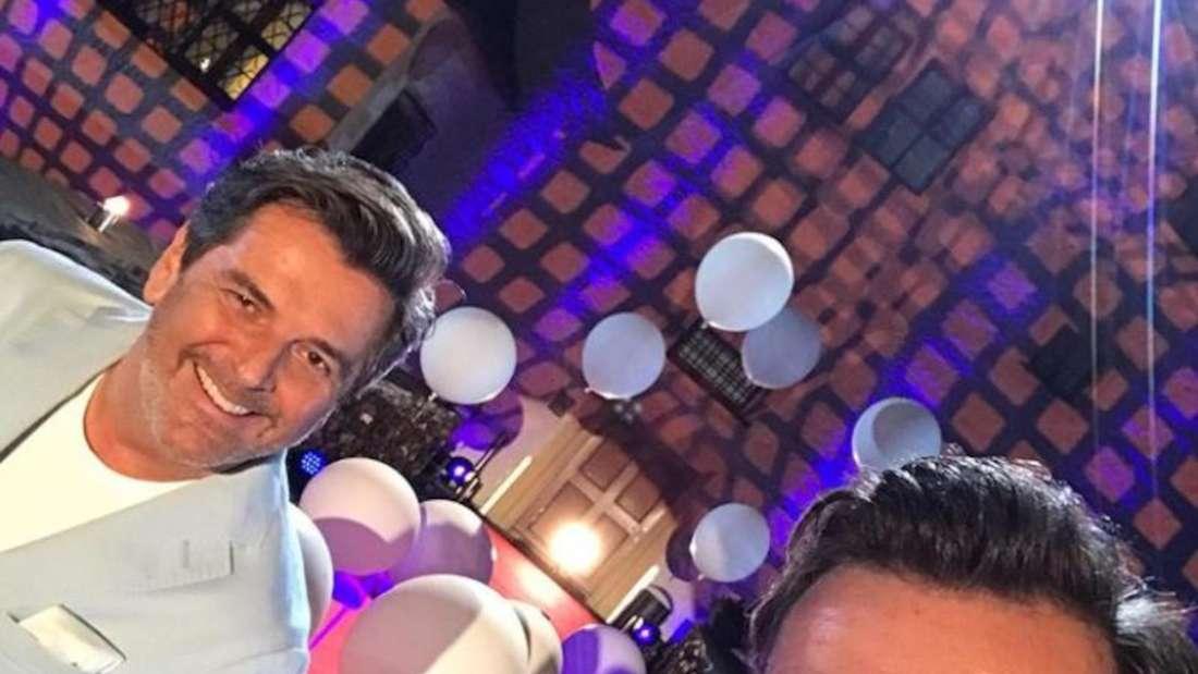 Thomas Anders und Florian Silbereisen machen ein Selfie von sich