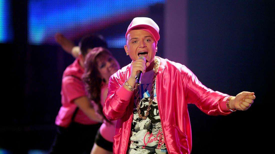 Menowin Fröhlich singt auf der DSDS-Bühne 2010