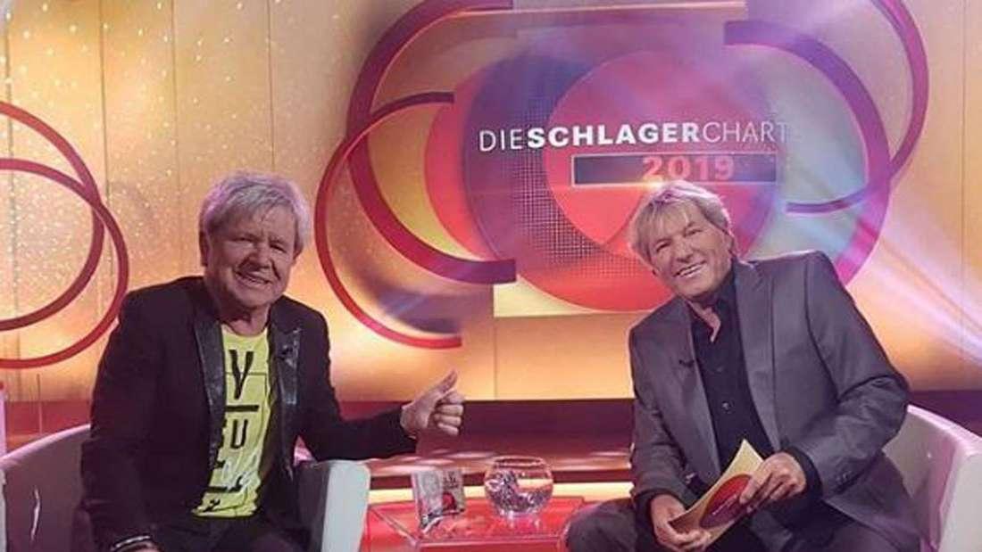 """Schlagerstars G. G. Anderson und Bernhard Brink in der Sendung """"Die Schlagercharts"""""""