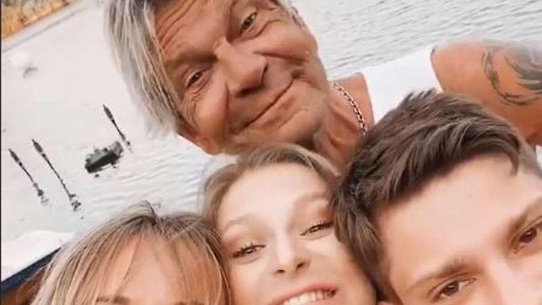 Christin Stark, Marie, Julian und Matthias Reim lachen in die Kamera