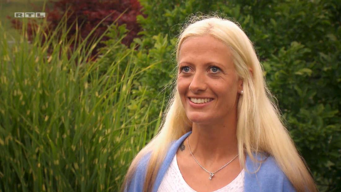 """Denise bei """"Bauer sucht Frau"""" auf RTL im Interview."""