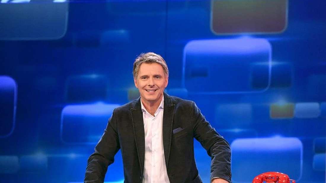Jörg Pilawa präsentiert das Quizduell im Ersten.