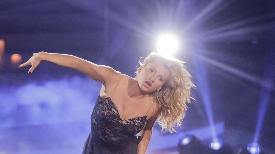 """Evelyn Burdecki tanzt auf der """"Let's Dance""""-Bühne"""
