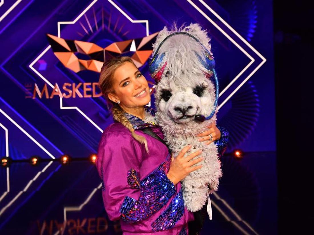 Aushilfs-Alpaka Sylvie Meis muss bei «The Masked Singer» die Hufen schwingen.