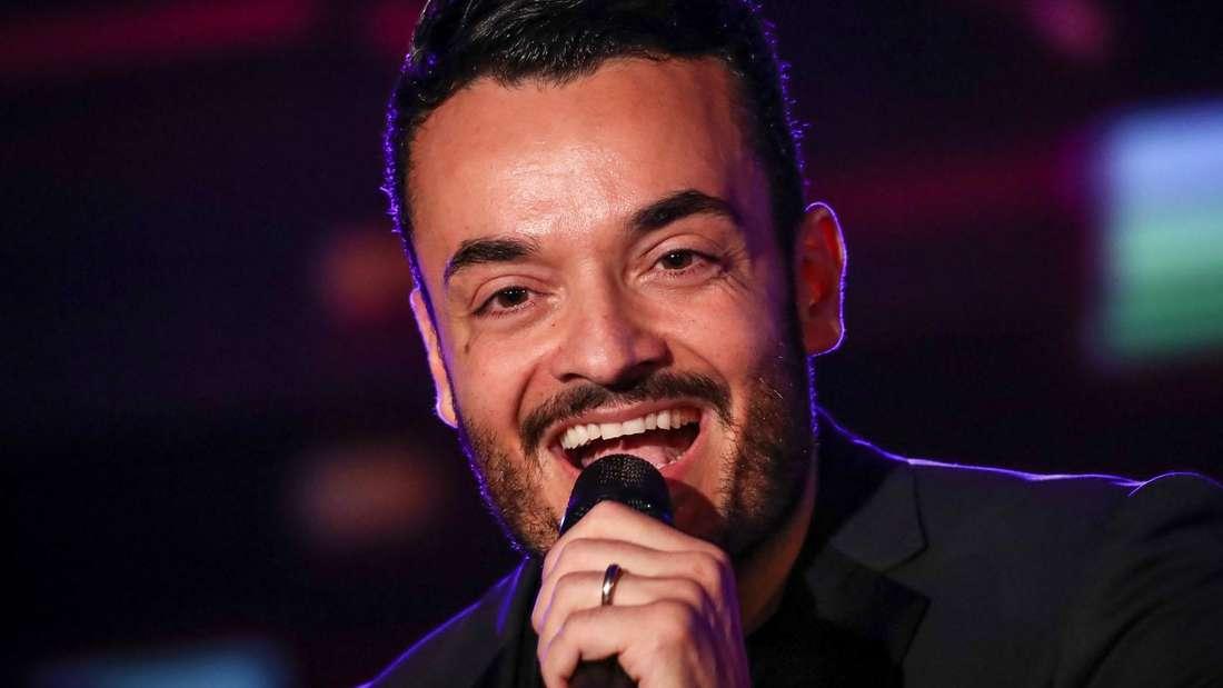 Giovanni Zarrella singt Schlager auf Italienisch.