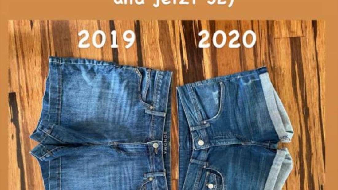 Zwei Jeans-Shorts nebeneinander. Eine in Größe 40, die andere in 32.