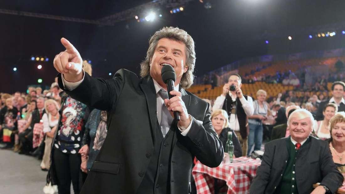 Andy Borg singt im Silvesterstadl