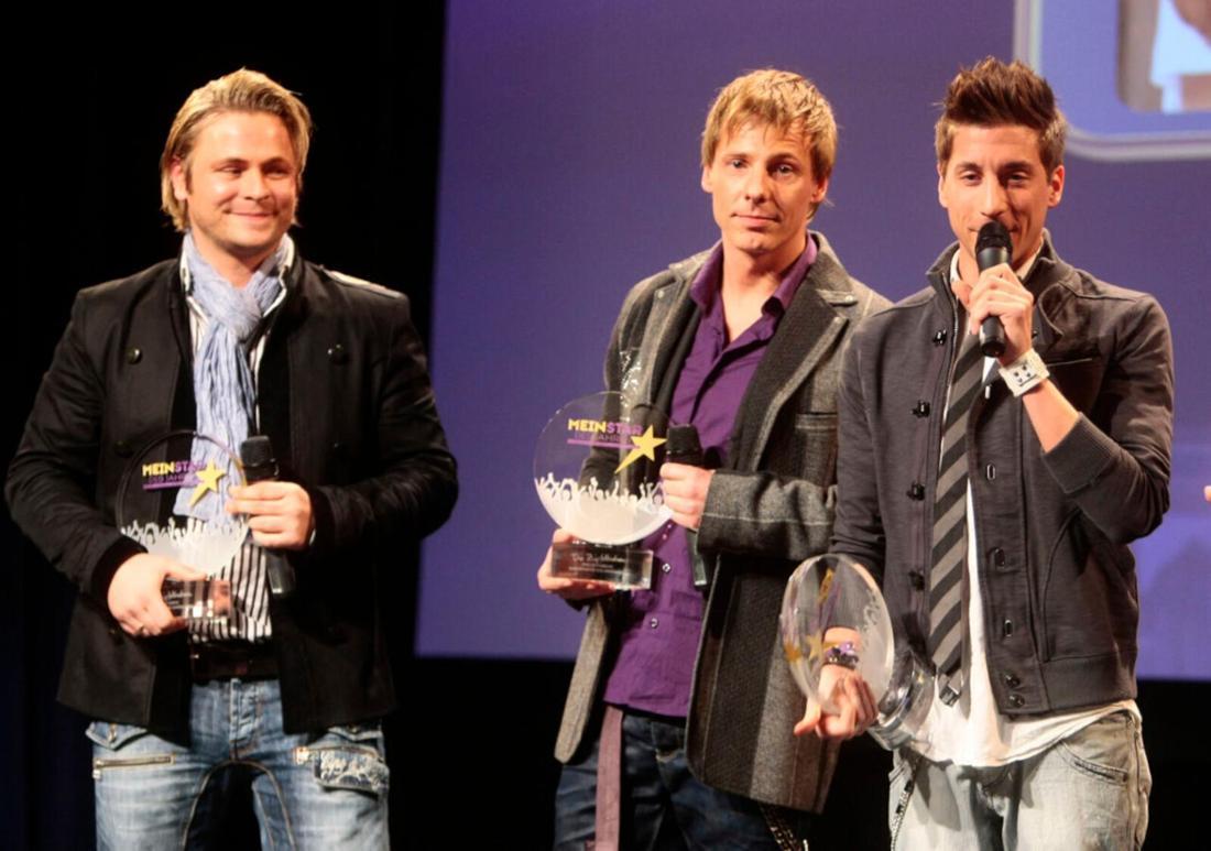 """Die """"Zipfelbuben"""" erhalten einen Preis auf der Bühne"""