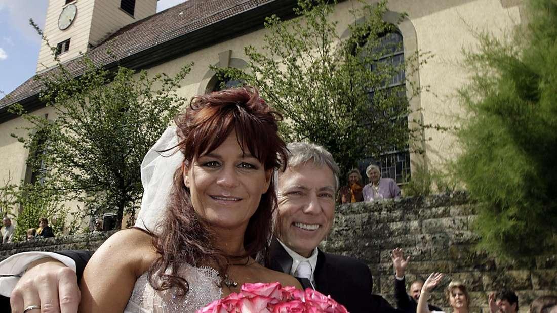 Andrea Berg bei ihrer Hochzeit in einer Kutsche