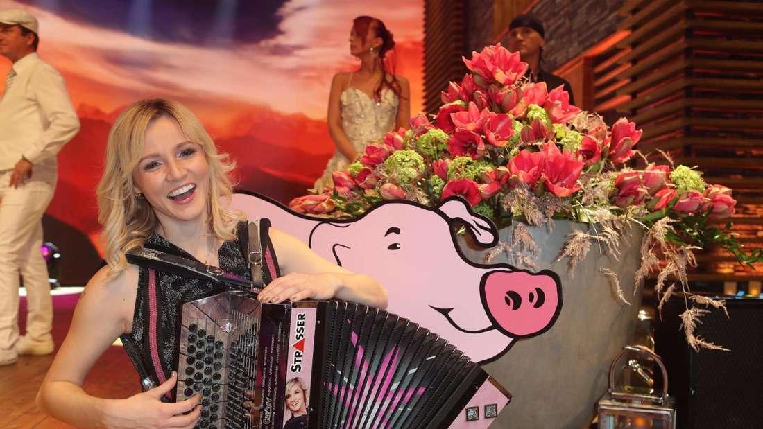 Melissa Naschenweng bei einem TV-Auftritt