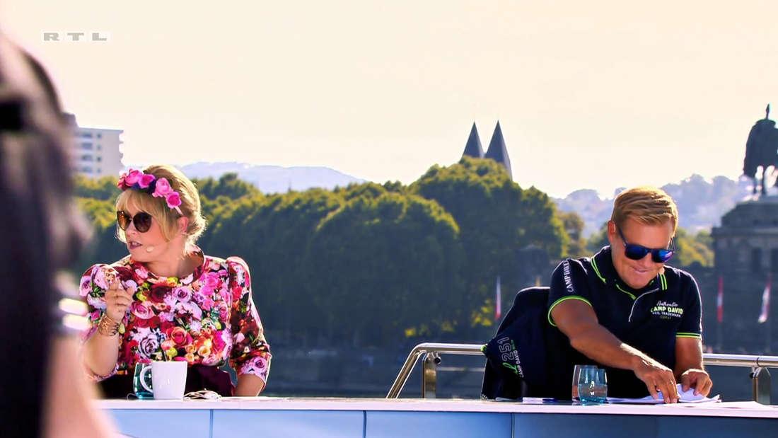 Maite Kelly und Dieter Bohlen bei DSDS nach dem Auftritt von Devin Summer