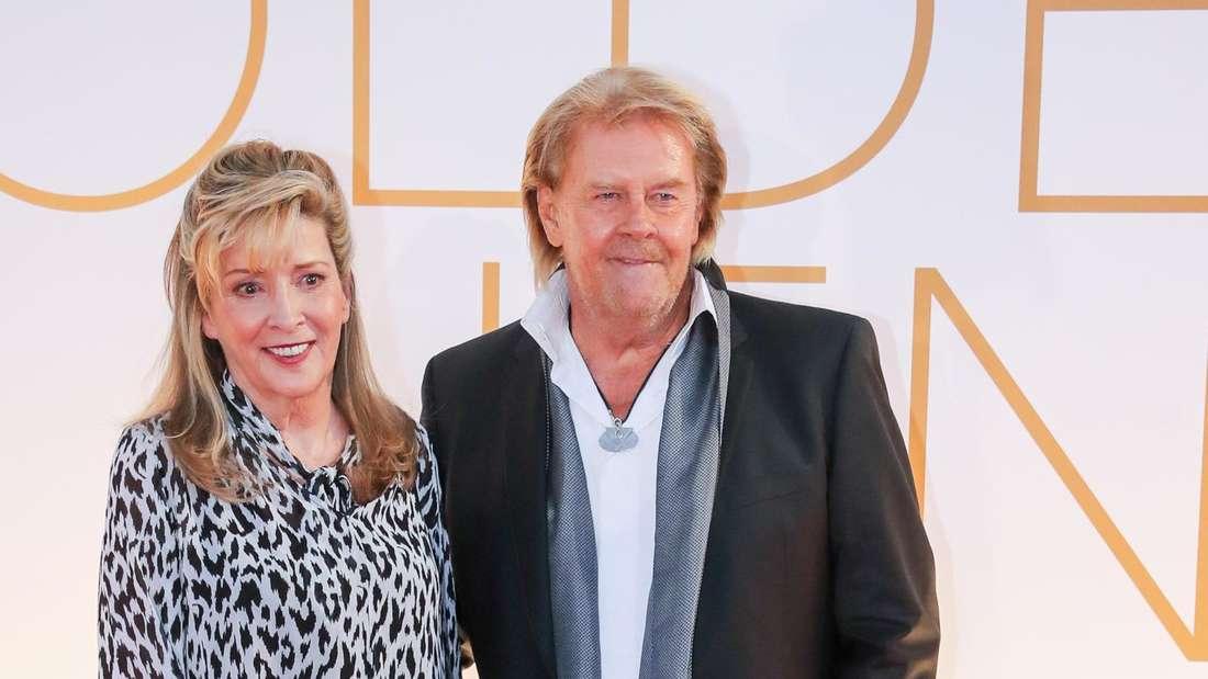 Howard Carpendale mit Donnice auf dem roten Teppich