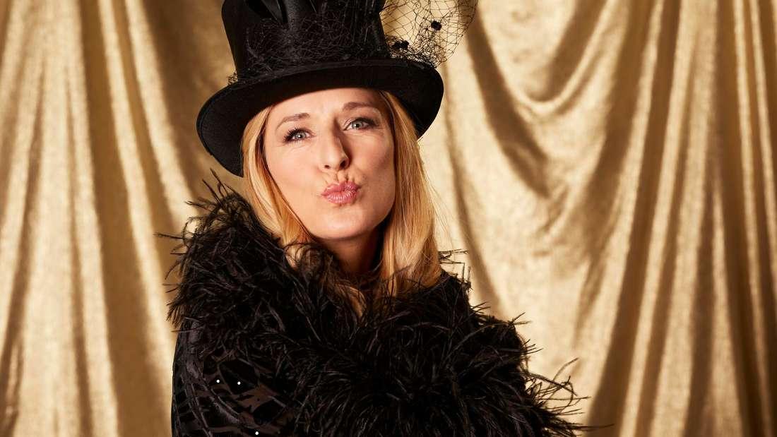 """Stefanie Hertel zeigt sich bei """"Showtime of my Life  - Stars gegen Krebs"""" auf Vox völlig hüllenlos."""